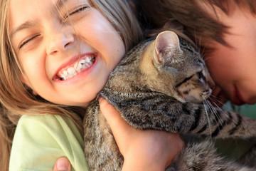 bonheur partagé avec le chat