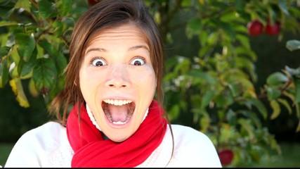 Leinwandbilder - Surprised woman