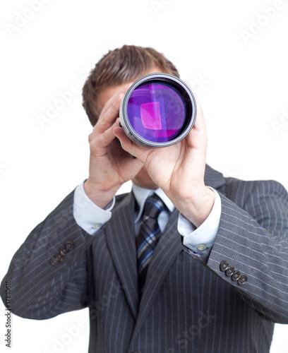 U0026quot Junger Mann Sieht Durch Fernrohr U0026quot Stockfotos Und