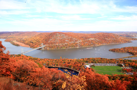 The foliage scenery at Hudson River region