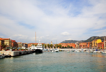 The harbor in the city of Nice