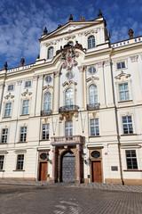 Erzbischöfliches Palais auf dem Hradschiner Platz in Prag