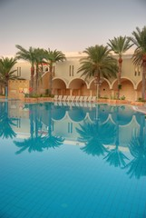 piscine d'un super hôtel