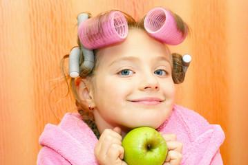 Mädchen, Frisur, Apfel, Lockenwickler.