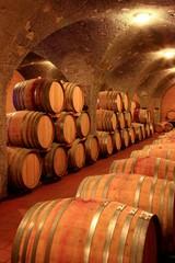 Barrique Holzfässer Weinkeller Montalcino Toskana Italien