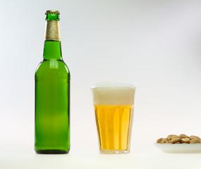 Bier und Snacks 2