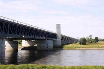 Wasserstrassenkreuz in Magdeburg