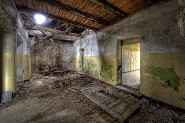 Keuken foto achterwand Oud Ziekenhuis Beelitz Loch in der Decke