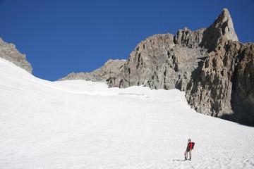 Alpiniste sur glacier