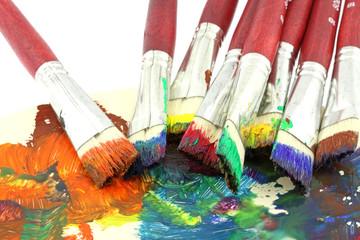 pinceaux palette gouache couleur