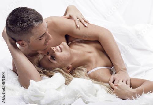 Сборка порева задниц страстных половых партнерш  610967