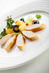 Grilled turkey fillet and vegetable salad