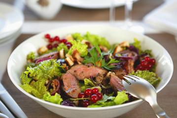salad with roast beef