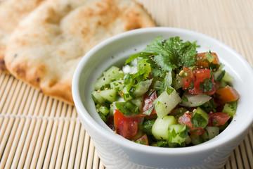 Indischer Gurkensalat