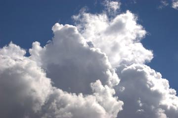 Kumuluswolken am Himmel