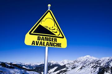 Avalanche, panneau dans les Alpes, Beaufortain France