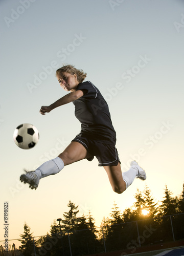 photo of girls soccer with referee № 16387