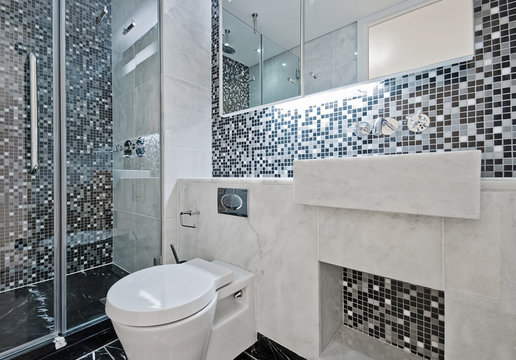 bathroom with mosaic tiles