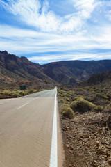 Straße ins Tal - Teneriffa - Street into the valley - Tenerife