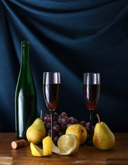 rote Wein mit Früchte