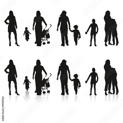 silhouettes de famille enfants parents fichier vectoriel libre de droits sur la banque d. Black Bedroom Furniture Sets. Home Design Ideas