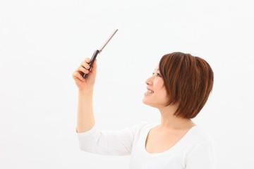 女性携帯電話