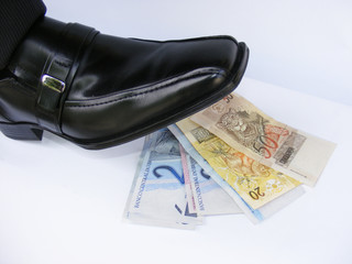 Sapato Dinheiro