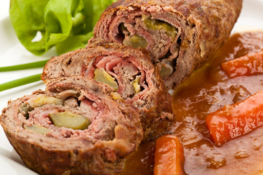 Stuffed beef and vegetables