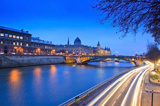 Parigi, la Senna