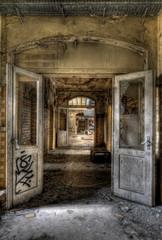 Keuken foto achterwand Oud Ziekenhuis Beelitz offene Türen