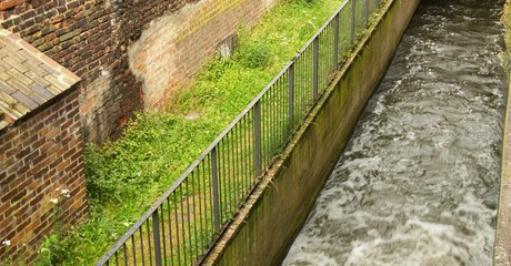 IMG_1402_gdansk_canal.jpg