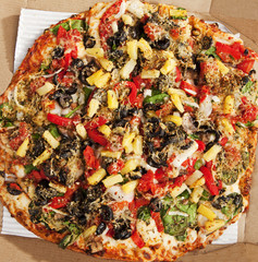 Delicious Thin Crust Veggie Pizza