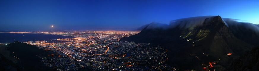 Cape Town Moonrise