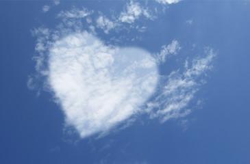 un cuore di nuvole