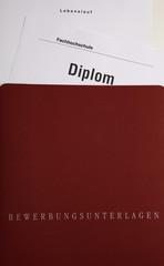 Diplom bewerben