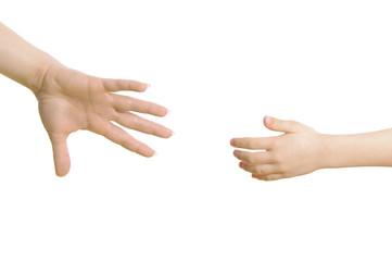 Hand greift nach Kinderhand