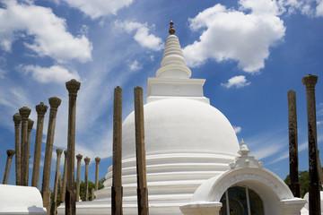 Fototapete - Thuparamaya Temple, Anuradhapura, Sri Lanka