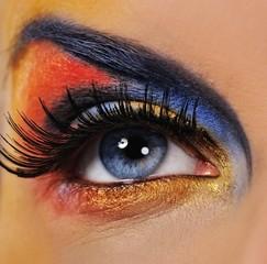 Make-up of a beautiful woman eye .