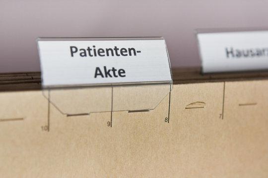 PATIENTEN-AKTE