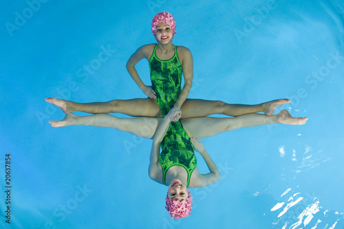Wall mural Synchronized Swimmers