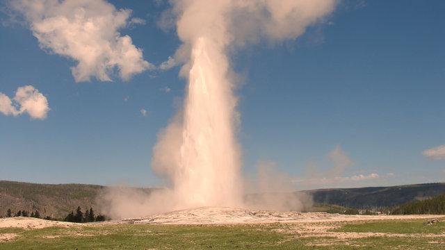 Eruption of Old Faithful Geyser