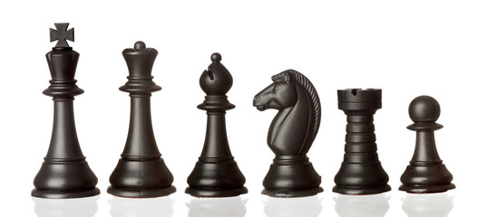 Black chess pieces in order of decreasing