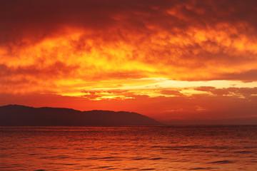 Wall Mural - Sunset ocean background