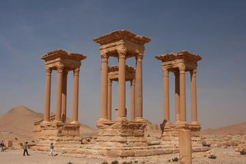 Säulen in der römischen Ausgrabungsstätte Palmyra - Syrien