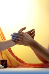 Ayurvedische Handmassage
