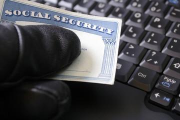 Identity theft and Social Security card - fototapety na wymiar