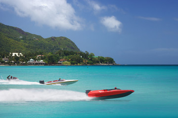 Race to your colorful sea vacation. Speedboats.