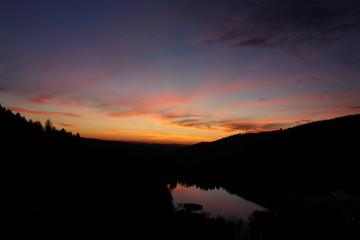 Sonnenuntergang über der Sösetalsperre