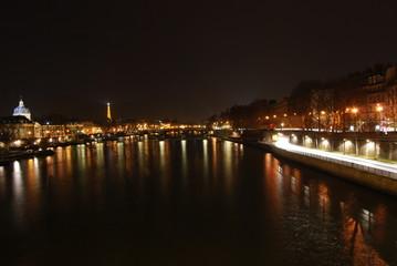 【フランス】パリ・ポンマリーからの夜景