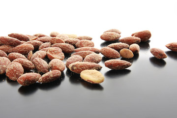 Salthy Almonds